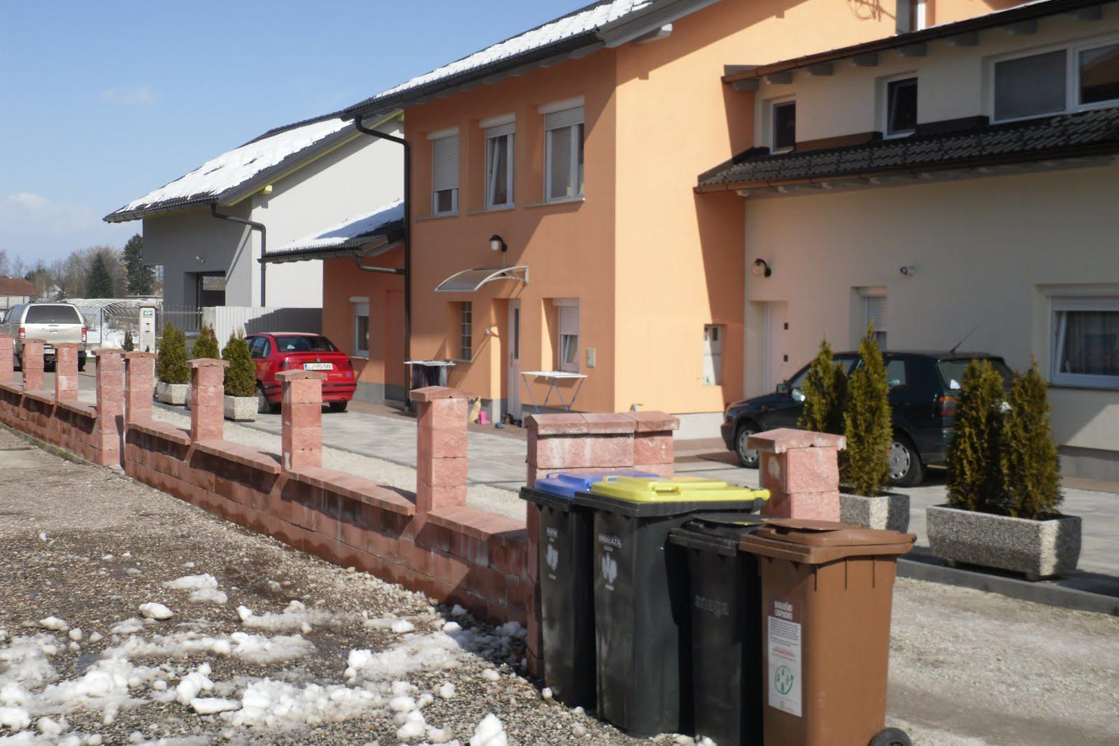 Stanovanjske hiše_SIJAMHODŽIČ, ŠLJIVAR